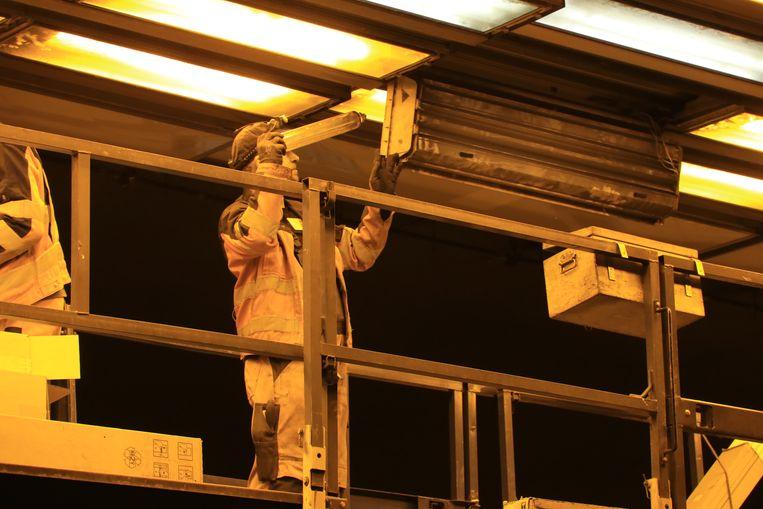 Ook werden de kapotte lichten in de tunnel vervangen.
