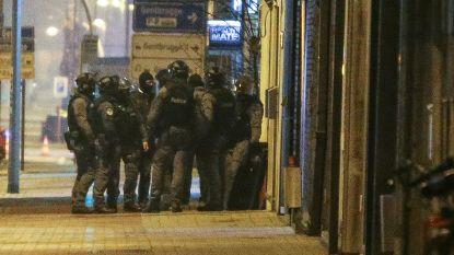 Politiemacht valt binnen in Hells Angels-lokaal in Gentbrugge: elf personen onterecht meegenomen na valse oproep