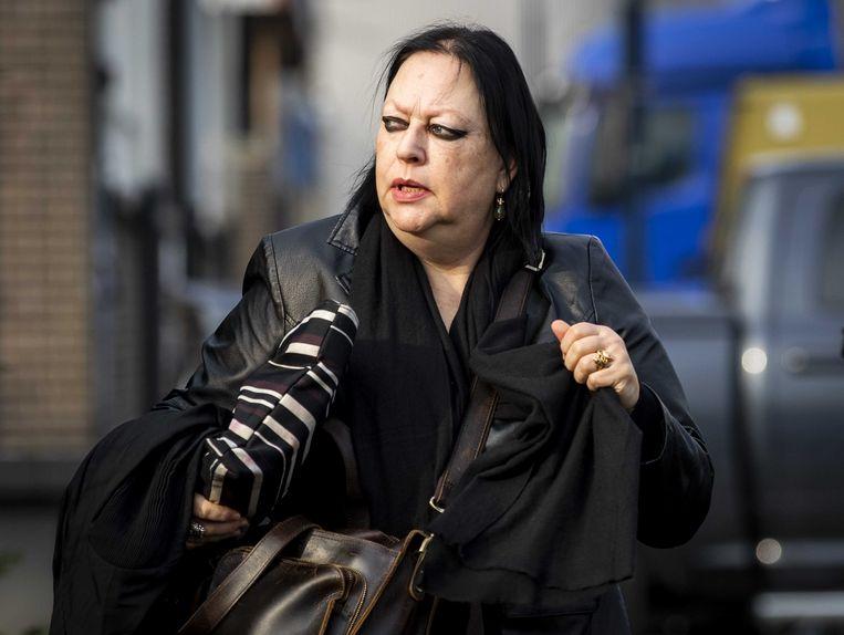 Inez Weski, advocaat van Ridouan T., komt aan bij de extra beveiligde gerechtsbunker in Amsterdam-Osdorp.  Beeld ANP