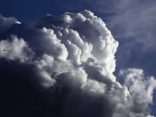 Zondag veel meldingen van stormschade door code geel, maandag ook nog zware windstoten