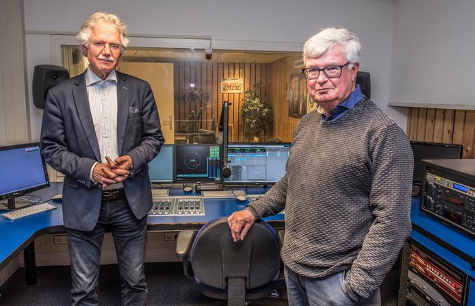 Ferdinand van Wijk (links) van GL8  en Jan Verbeet van Lokale Omroep Berg en Dal.