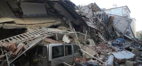 21 morts et 1.000 blessés dans le séisme en Turquie: les premières images du ravage