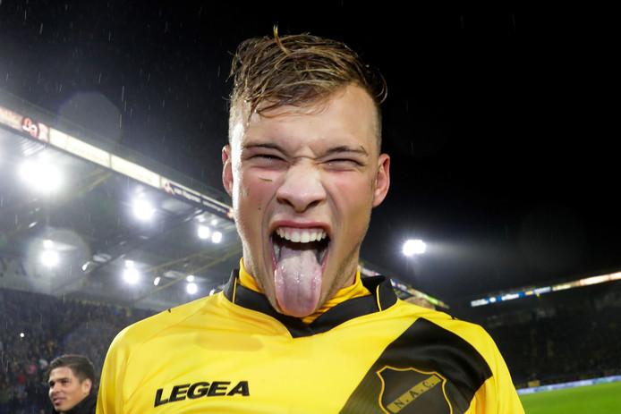 Sydney van Hooijdonk is de held van Breda na wederom een belangrijke treffer.