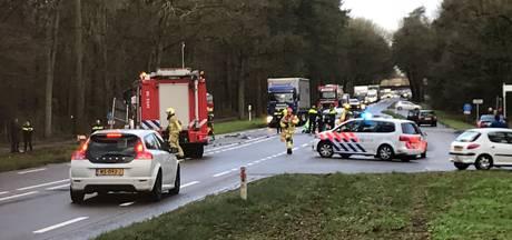 73-jarige vrouw uit Nijverdal komt om bij ongeluk op N35 bij Haarle