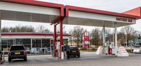 Corona treft ook tankstations in de regio: in de rij voor verlaagde brandstofprijzen is voorbij