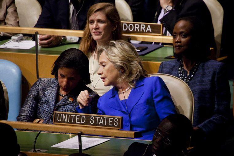 De Amerikaanse minister van Buitenlandse Zaken in gesprek met Rice. Beeld getty