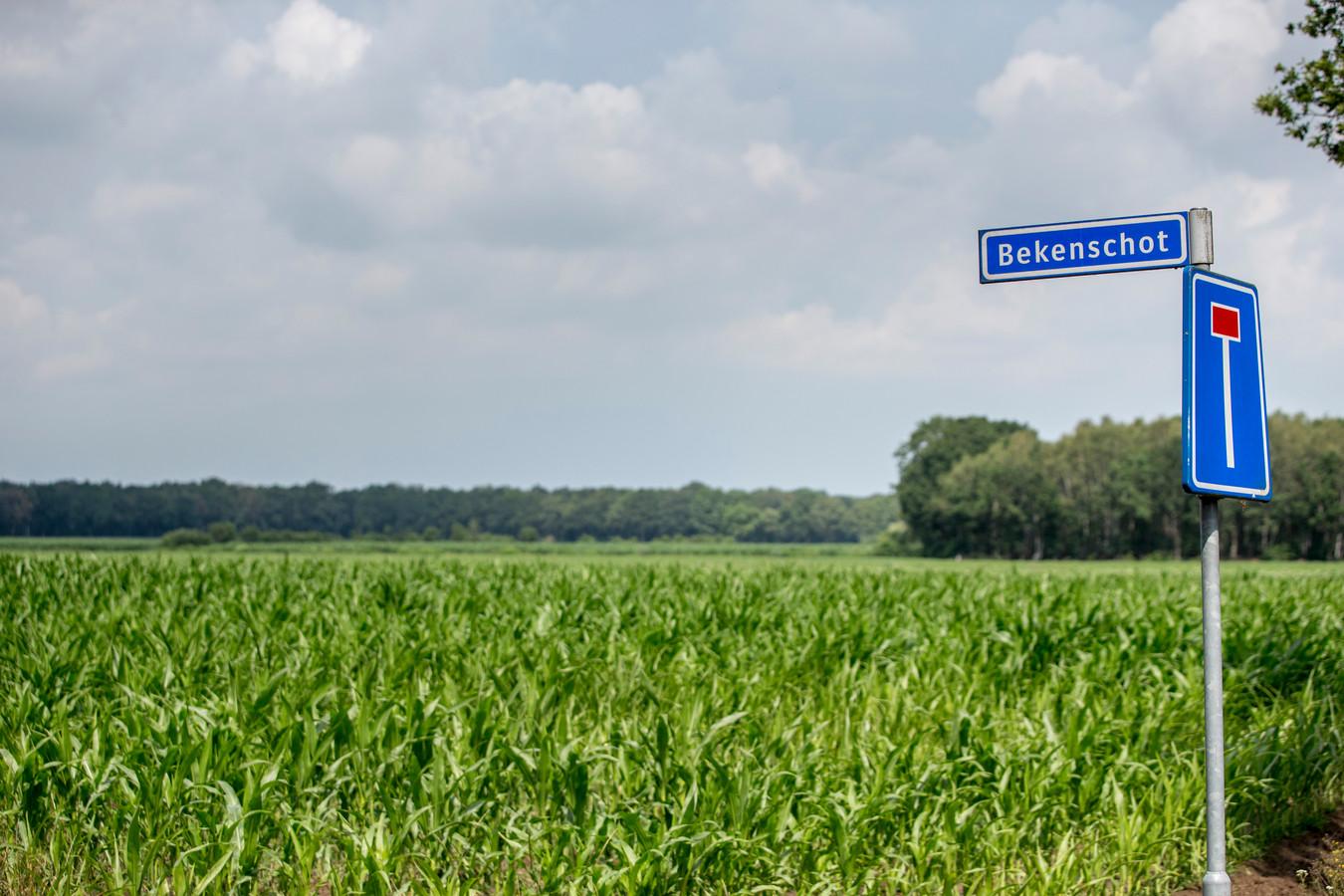 Het initiatief voor diverse zonneparken in en om Barchem heet Bekenschot, genoemd naar het gebied waar een deel van de parken zou kunnen komen.  In het dorp groeit het verzet en er is nu een vereniging opgericht die de plannen wil tegenhouden.