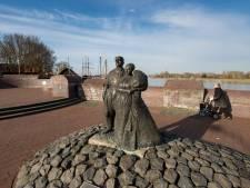 Schokker monument van Kampen naar 'thuis' Brunnepe