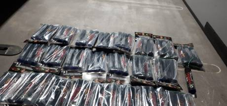 Politie neemt tientallen Cobra's in beslag van 15-jarige verdachte in Puttershoek
