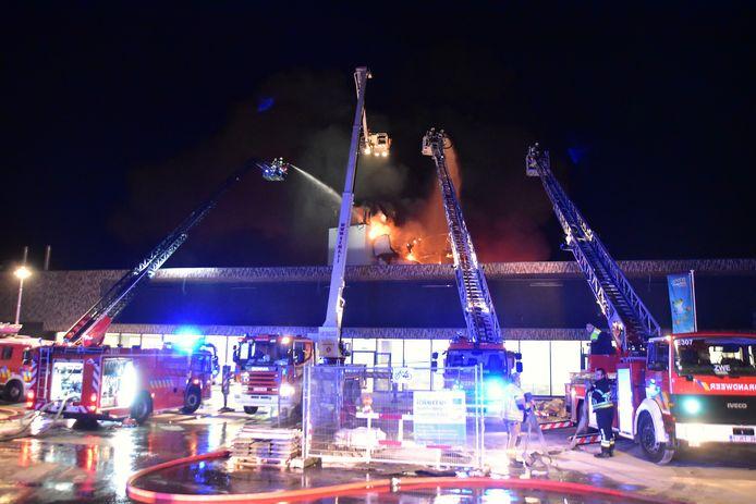 Het sportbad en recreatief subtropisch deel bleven op 26 februari gespaard door het snelle en gerichte optreden van de brandweer.