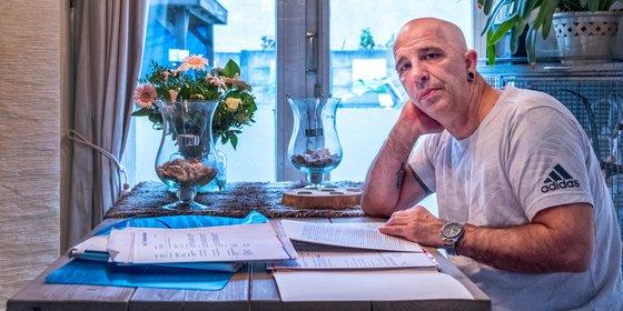 Nog altijd diep in de schulden dankzij Dirk Scheringa: 'We eten soms om de dag'