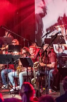 Jubilerende fanfare in Luttenberg viert jubileum met iedereen