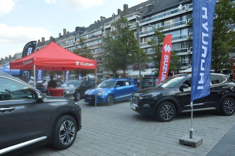 Er was ook een autoshow op het Niniaplein.
