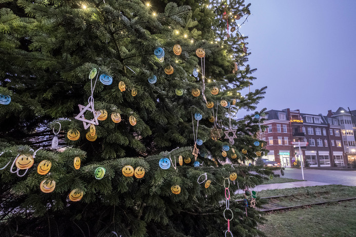 Groesbeek Vrijt Onveilig Kerstboom Vol Condooms Nijmegen E O
