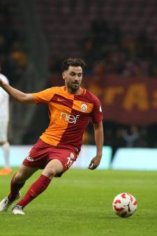Galatasaray na moeizame zege weer aan kop in Turkije