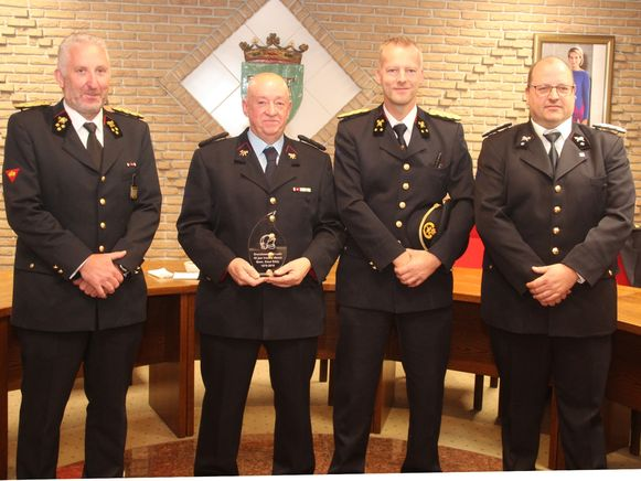 Vlnr. Kapitein Bart Van Hauwermeiren, brandweerman Eddy Elaut, luitenant Peter Dreelinck en adjudant Ides De Smet.