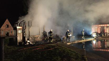 Mogelijk asbest vrijgekomen bij brand in lokaal van visclub in Ranst