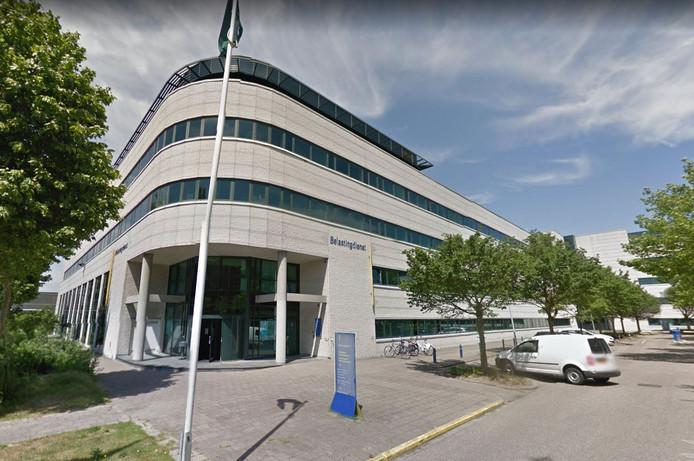 The Aries op Inputplein 1 op De Hoef wordt verbouwd tot wooncomplex met 350 luxe huurappartementen.