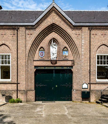 Schimmig vertrek van Jongerenklooster uit abdij Nieuw Sion in Diepenveen