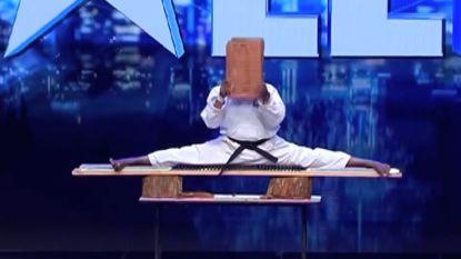 'Karate Kid' gaat potsierlijk de mist in tijdens talentenjacht