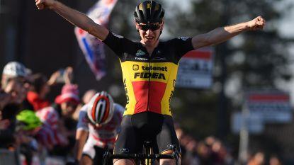 """Toon Aerts klopt Meeusen in sprint en pakt bloemen in boeiende Leuvense cross: """"Luisterde eens niet naar ploegleiding"""""""