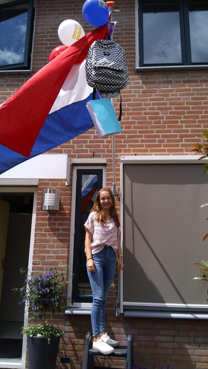 Laura van de Velde uit Tholen (vmbo): Trots op jou! Liefs mama