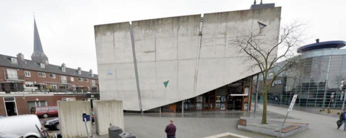 Het huidige Cinema Hengelo aan de Beekstraat.