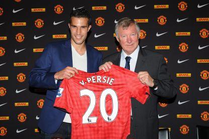 """Van Persie vertelt straffe anekdote uit periode bij Man United: """"Als we geen kampioen worden, komt het door die klootzakken daar, zei Ferguson"""""""