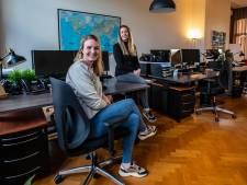 Een reisbureau overnemen in coronatijd? Deze twee dertigers durven het aan in Deventer