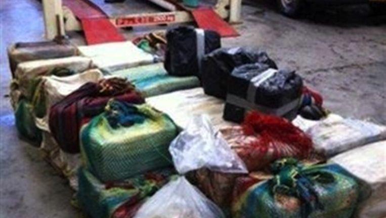 De arrestaties volgen na de vondst van 1200 kilo cocaïne. Beeld OM