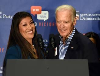 Politica beschuldigt Joe Biden van misplaatste kus