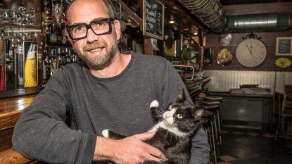 Sloophamer dreigt voor café OPCD