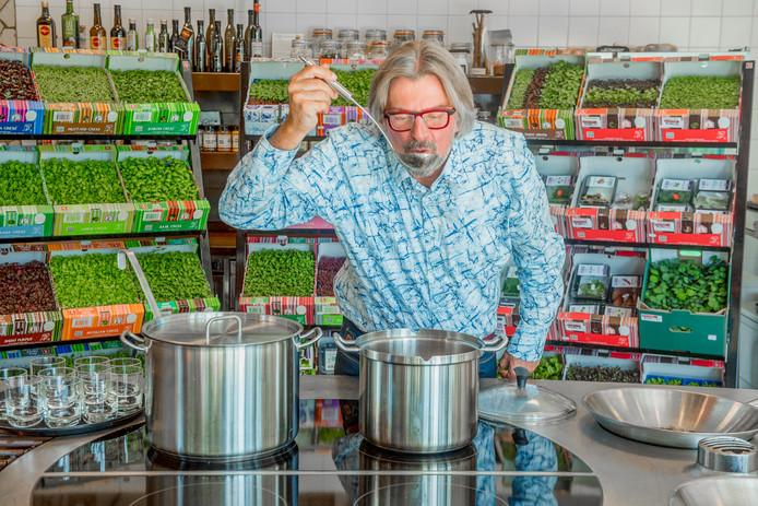 In samenwerking met het Nationaal Actieplan Groente en Fruit en Foodfirst Network presenteert Rob Baan tijdens acht afleveringen van Koffietijd een item over groenten.