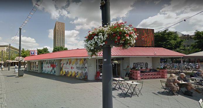Het Coffeelab in de Brandstore Eindhoven (VVV-kantoor) op het Stationsplein moet sluiten.