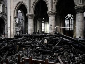 Les images de l'intérieur de Notre-Dame un mois après l'incendie