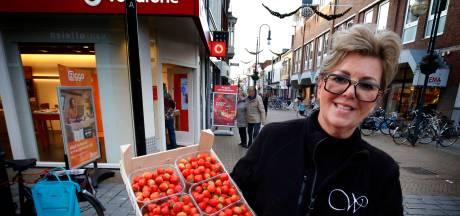 Gorcumse aardbeienkraam dreigt te verdwijnen, gemeente negeert advies van bezwaarcommissie