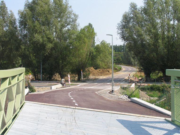 Zennebruggenbos is het terrein langs de Heidestraat waar momenteel de laatste fase van de fietssnelweg wordt aangelegd.