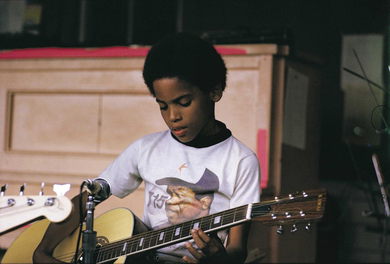 Foto's van de jonge Lennie 'Lenny' Kravitz uit Let Love Rule. Beeld Lenny Kravitz