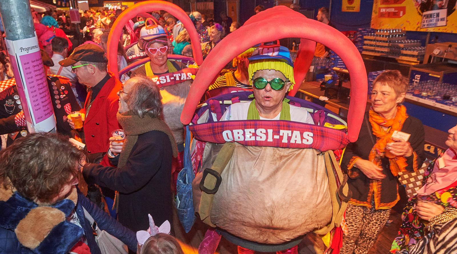 Carnavalsfeest houdt de gemoederen bezig in Uden en Veghel