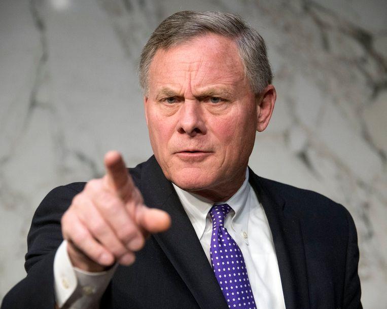 Senator Richard Burr maakt zich zorgen over producten van Huawei.
