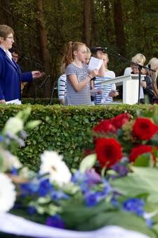 Massale herdenking Joods werkkamp in Collendoorn