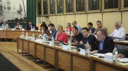 Vanavond opnieuw gemeenteraad met 16 interpellaties na tumultueuze vorige zitting