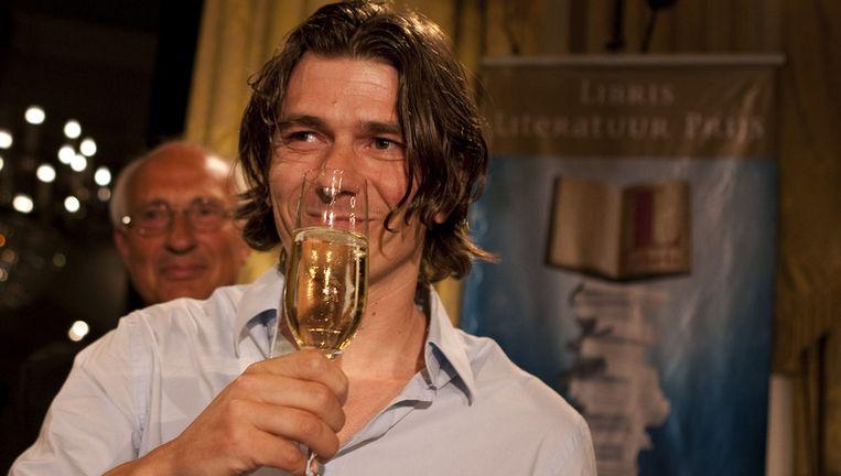 Dimitri Verhulst na het winnen van de Libris Literatuurprijs 2009 Beeld ANP