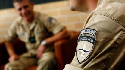 """""""Je kunt niet naar oorlogsgebied met mannen die hun mama missen"""": buitenland lacht met onze rekruten"""