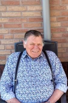 Teun (72) stierf twee dagen voor hij zijn lintje zou krijgen: 'Hij noemde zichzelf steeds ridder'