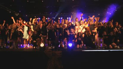 Dansers'Get on Up' geven beste van zichzelf in show Klup Tarara