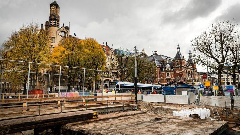 De tramhalte op de Leidsebrug wordt in gebruik genomen. Beeld anp