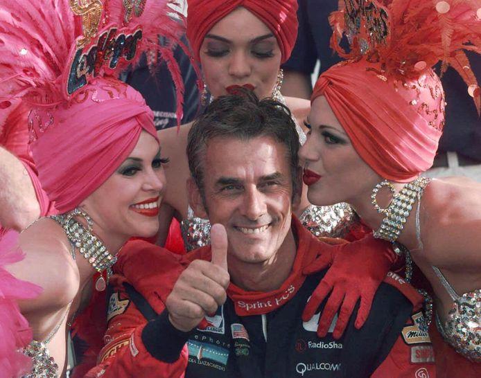 Arie Luyendijk na zijn zege in de Indy Car in Las Vegas in 1998.