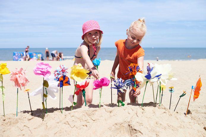 De kust blijft een populaire trekpleister voor jong en oud.