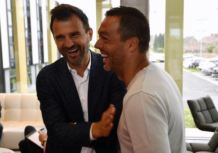 Ivan Leko samen met een oude bekende, STVV-assistenttrainer Peter Delorge